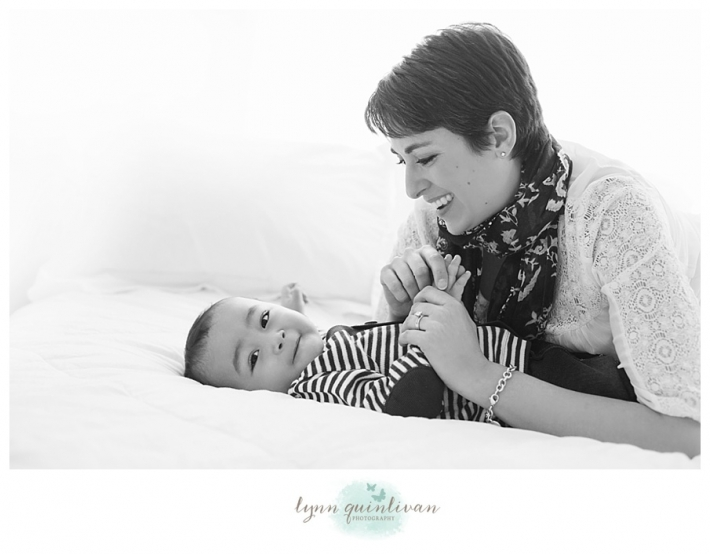 Lynn Quinlivan Photography Massachusetts Photographer MA Worcester Millbury Holden Sutton Shrewsbury Grafton Artistic Newborn Baby Photography Images Millbury Mass Holden Shrewsbury Grafton Sutton Worcester_0008