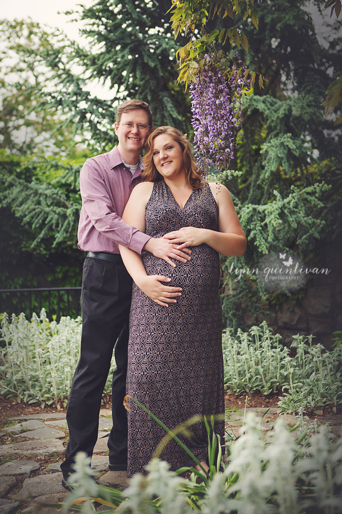 Connecticut Maternity Photographer