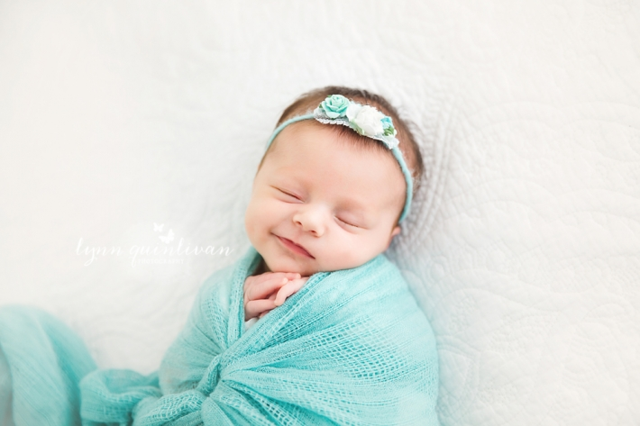 Natural Light Newborn Photographer