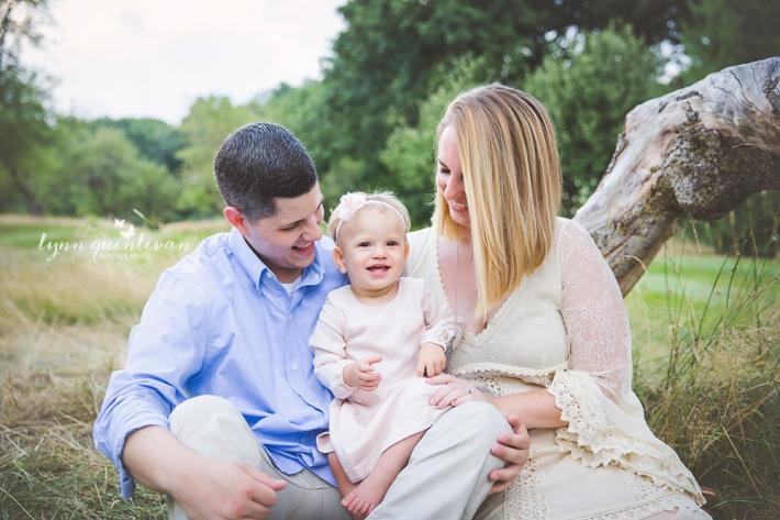 Mass Outdoor Family Photographer